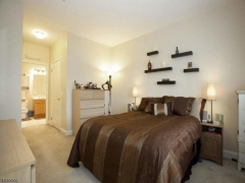 Additional photo for property listing at 5405 Sanctuary Blvd  里弗代尔, 新泽西州 07457 美国