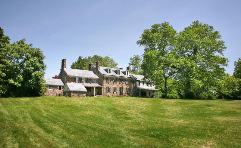 Single Family Home for Sale at 29 Fiddlers Creek Road Hopewell, New Jersey 08560 United States