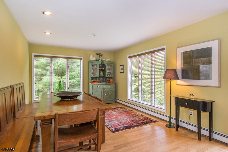 Additional photo for property listing at 439 Rockaway Valley Road  Boonton, Нью-Джерси 07005 Соединенные Штаты