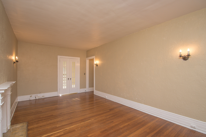 Additional photo for property listing at 20 Garber Sq  Ridgewood, New Jersey 07450 États-Unis