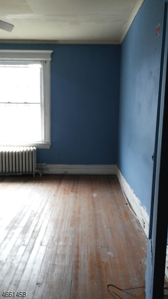 Additional photo for property listing at 813-815 S 11TH Street  Newark, Nueva Jersey 07108 Estados Unidos