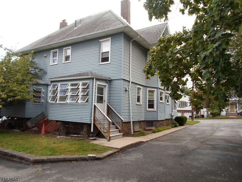 Additional photo for property listing at 67-69 2ND Avenue  Little Falls, New Jersey 07424 États-Unis