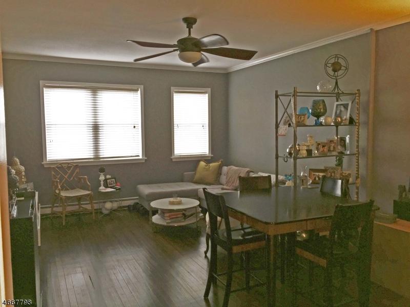 Частный односемейный дом для того Продажа на 82 HACKENSACK Street Wood Ridge, Нью-Джерси 07075 Соединенные Штаты