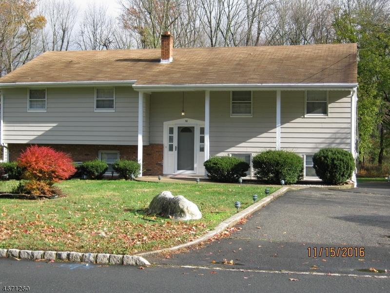 Частный односемейный дом для того Аренда на 30 Brooklake Road Florham Park, Нью-Джерси 07932 Соединенные Штаты