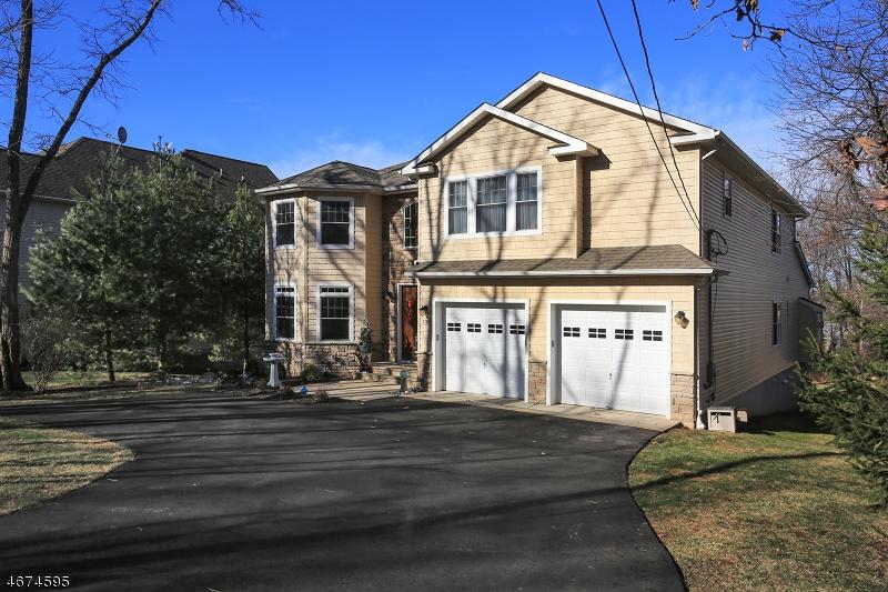 Частный односемейный дом для того Продажа на 139 Rock Rd W Dunellen, 08812 Соединенные Штаты