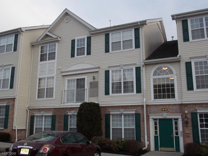 Частный односемейный дом для того Аренда на 268 Windmill Court Phillipsburg, Нью-Джерси 08865 Соединенные Штаты