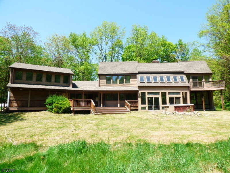 Additional photo for property listing at 15 Mackerly Road  Newton, Nova Jersey 07860 Estados Unidos