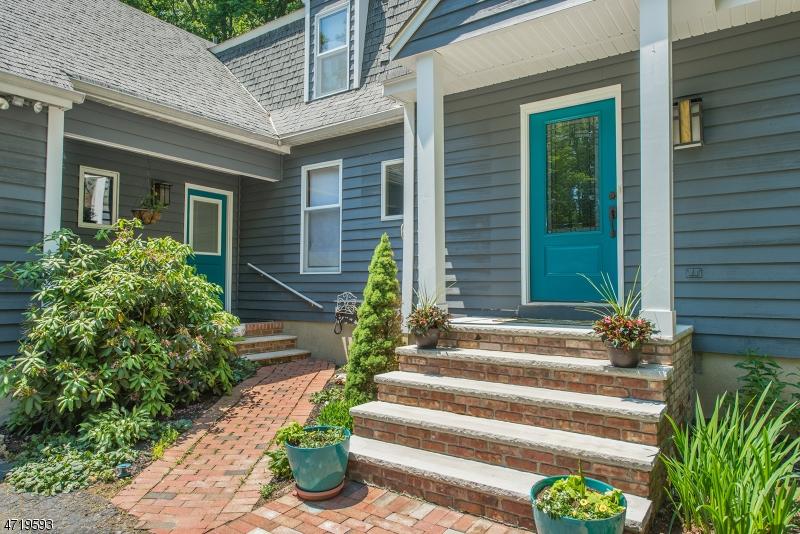 Частный односемейный дом для того Продажа на 210 Emmans Road Roxbury Township, 07836 Соединенные Штаты
