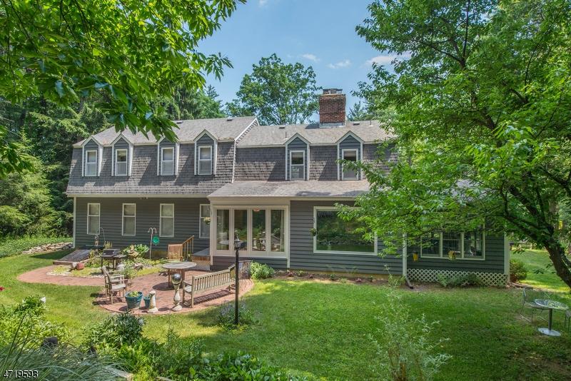 独户住宅 为 销售 在 210 Emmans Road Roxbury Township, 07836 美国