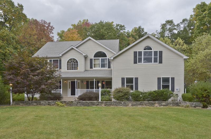 Maison unifamiliale pour l à louer à 11-B RIDGE Lane Hackettstown, New Jersey 07840 États-Unis