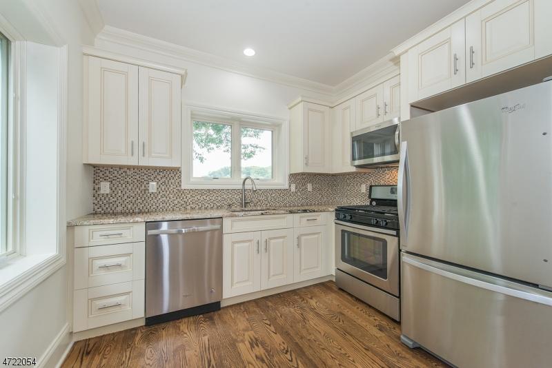 独户住宅 为 出租 在 95 Bloomfield Avenue Caldwell, 新泽西州 07006 美国