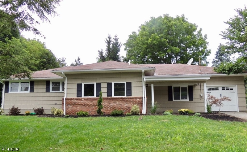 Single Family Home for Sale at 8 Lesko Ter Ogdensburg, New Jersey 07439 United States