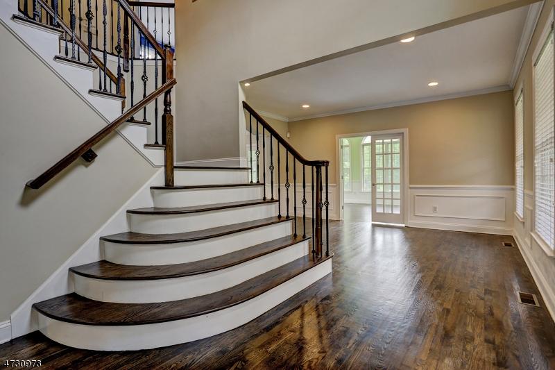 Additional photo for property listing at 2 Yohn Drive 2 Yohn Drive Bridgewater, Nueva Jersey 08807 Estados Unidos