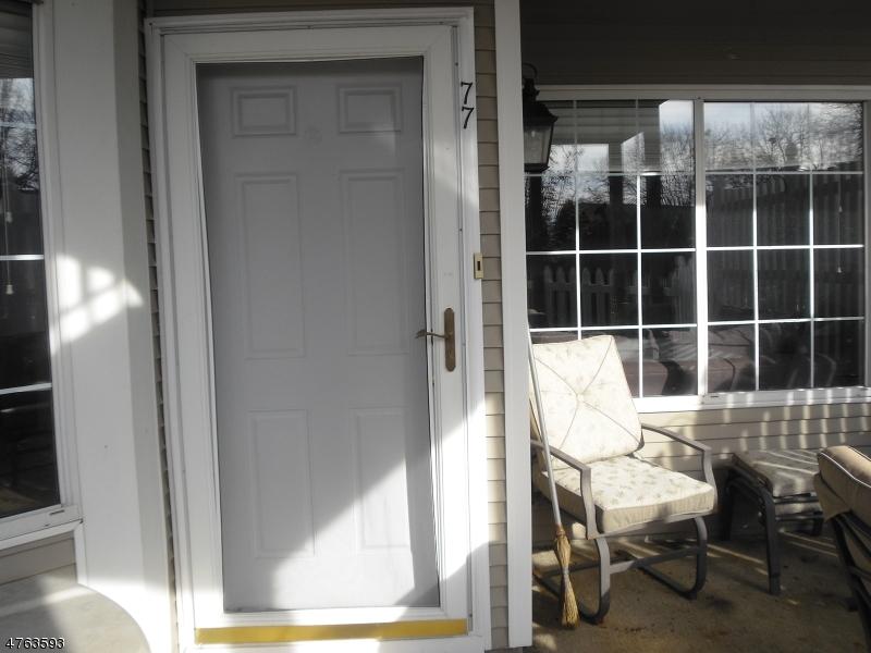 Частный односемейный дом для того Продажа на 77 Ashley Court Bedminster, Нью-Джерси 07921 Соединенные Штаты