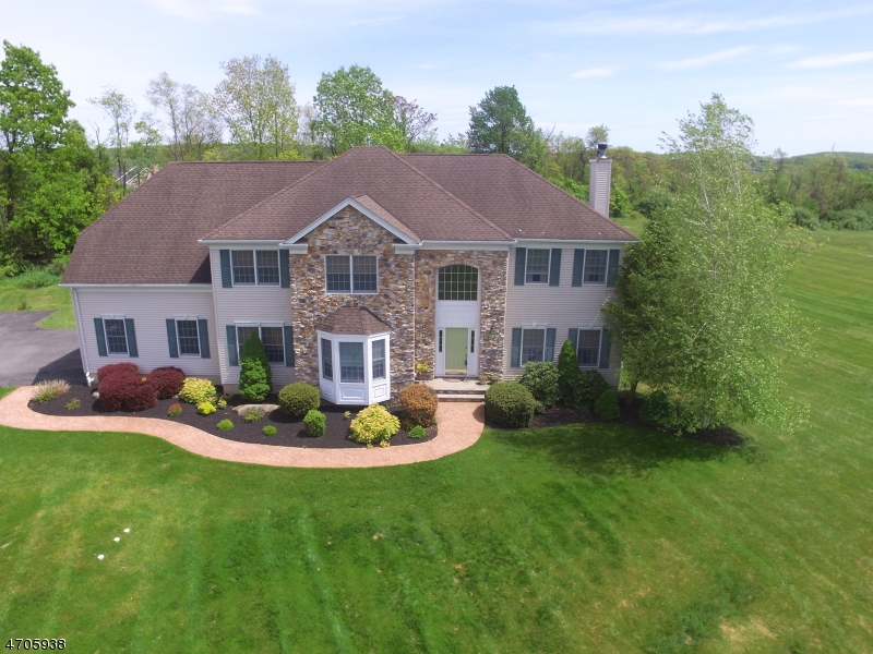 Single Family Home for Sale at 55 Forge Hill Road Lebanon, New Jersey 08826 United States