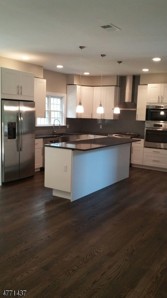 Maison unifamiliale pour l à louer à 18 Kingwood Road West Orange, New Jersey 07052 États-Unis