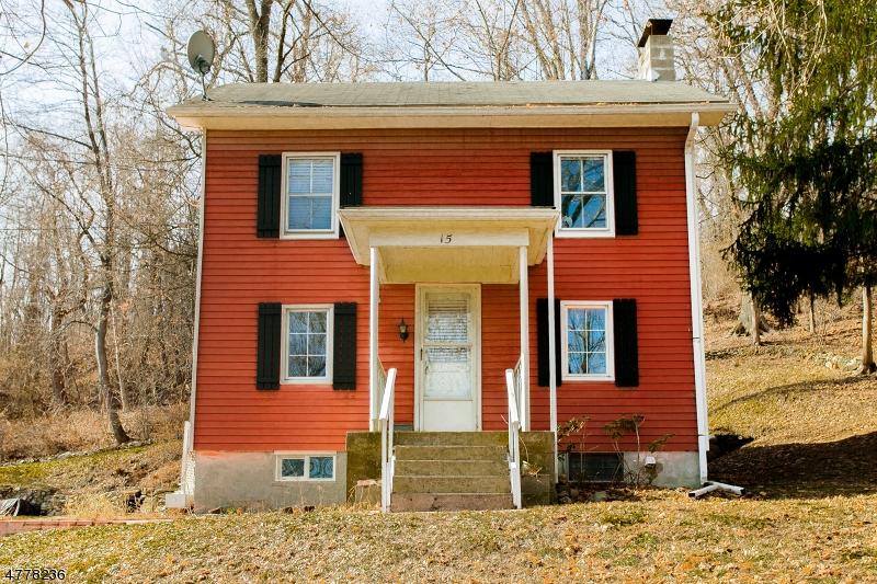独户住宅 为 销售 在 15 Maple Place Oxford, 新泽西州 07863 美国