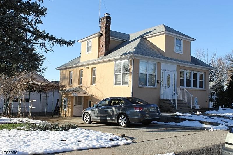 独户住宅 为 销售 在 154 Woodside Avenue Lodi, 新泽西州 07644 美国