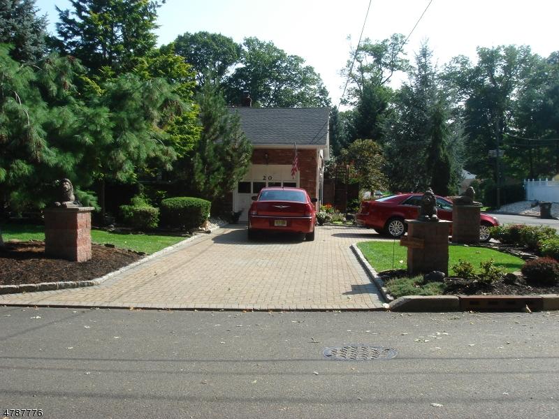 独户住宅 为 销售 在 20 Montrose Avenue Woodbridge, 新泽西州 07067 美国