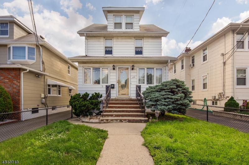 Частный односемейный дом для того Продажа на 336 FERN Avenue Lyndhurst, Нью-Джерси 07071 Соединенные Штаты