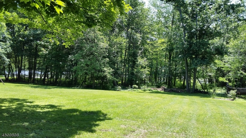 Additional photo for property listing at 110 Brookdale Road  Watchung, New Jersey 07069 États-Unis