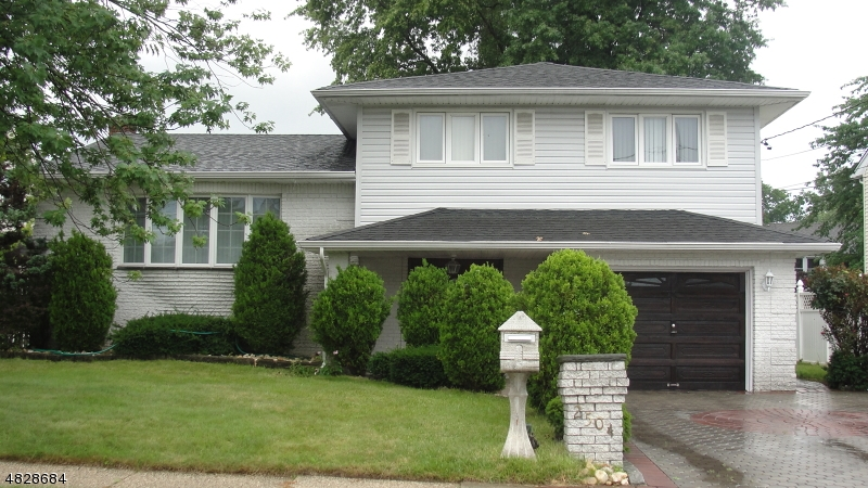 Vivienda unifamiliar por un Venta en 2504 JAY Place Union, Nueva Jersey 07083 Estados Unidos