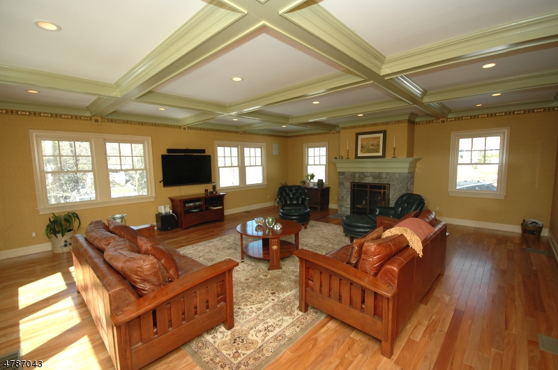Single Family Home for Sale at 9 COUNTRYSIDE Drive New Providence, New Jersey 07901 United States