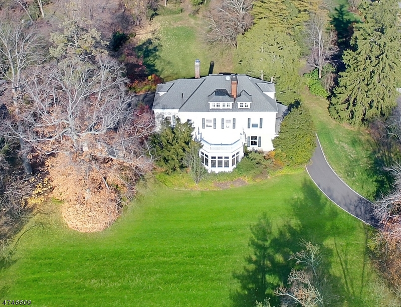 Single Family Home for Sale at 94 KNOLLWOOD ROAD 94 KNOLLWOOD ROAD Millburn, New Jersey 07078 United States
