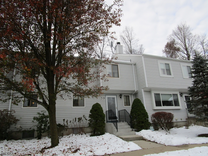 Property для того Продажа на 59 SHADY Lane Hardyston, Нью-Джерси 07419 Соединенные Штаты