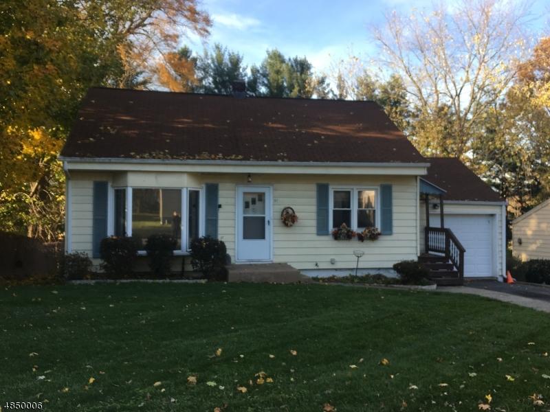 Property för Försäljning vid 51 HILLCREST Avenue Washington, New Jersey 07882 Förenta staterna