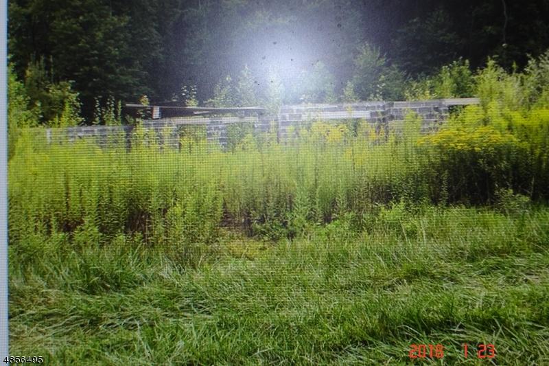 Terrain pour l Vente à 175 E MILL Road Washington, New Jersey 07853 États-Unis