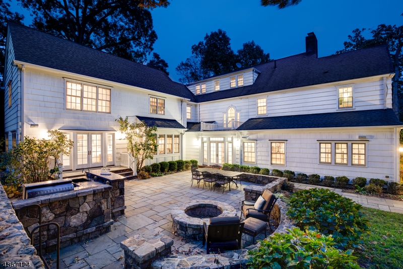 Homes For Sale In Summit Kienlen Lattmann Sotheby S International