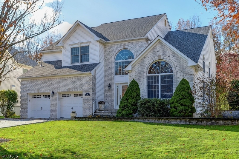Single Family Home for Sale at 30 BAYBURY Court East Hanover, New Jersey 07936 United States