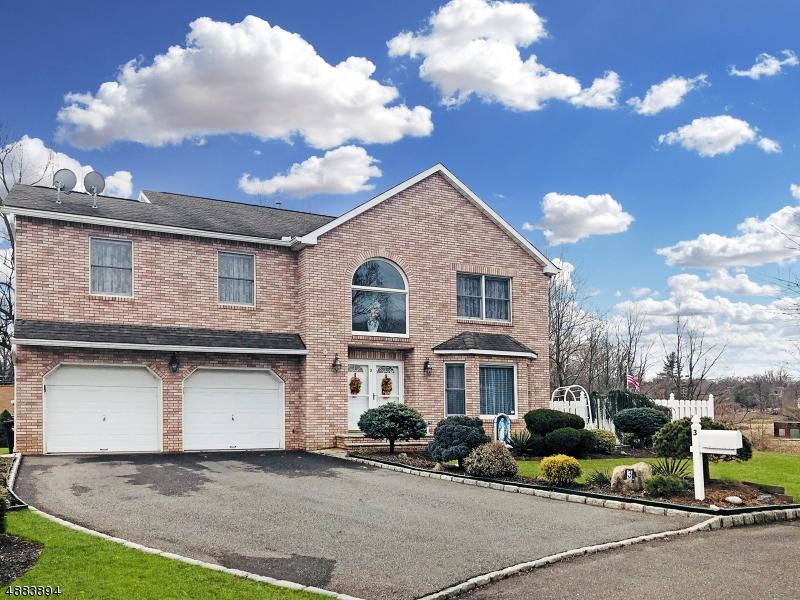 Villa per Vendita alle ore 3 MELVYN Court Clark, New Jersey 07066 Stati Uniti