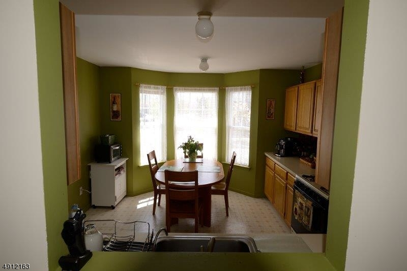 Additional photo for property listing at  Franklin, New Jersey 08873 Amerika Birleşik Devletleri