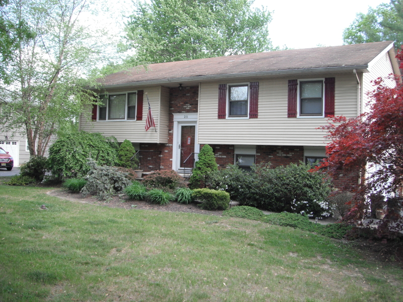 Additional photo for property listing at 25 Gathering Road  Pine Brook, New Jersey 07058 United States
