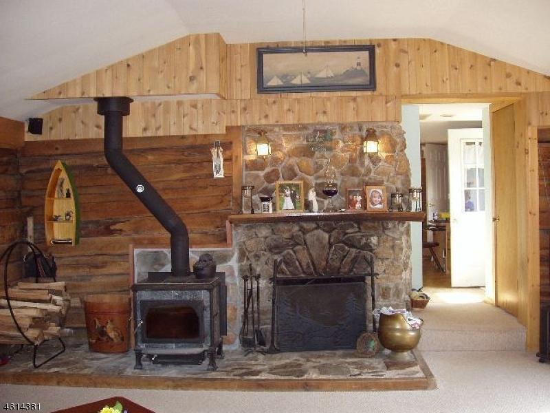 Additional photo for property listing at 135 Raritan River Road  Califon, 新泽西州 07830 美国