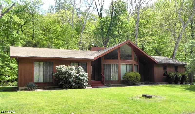 独户住宅 为 销售 在 5 Main Street Glen Gardner, 新泽西州 08826 美国