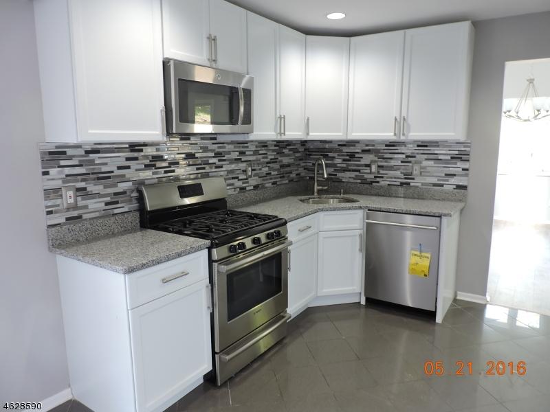 Additional photo for property listing at 29 Bayowski Road  West Orange, Nueva Jersey 07052 Estados Unidos