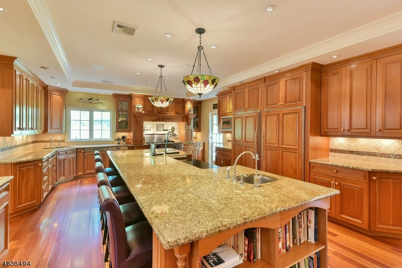 Additional photo for property listing at 39 Brook Road  Saddle River, New Jersey 07458 United States