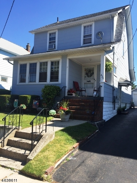 Single Family Home for Sale at 426 Ainsworth Street Linden, New Jersey 07036 United States