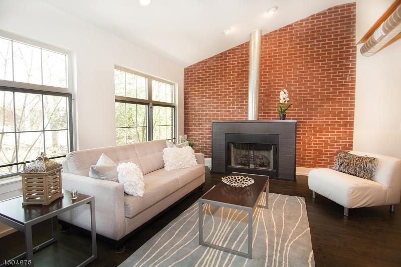 Additional photo for property listing at 25 Clark St, UNIT 201  Glen Ridge, New Jersey 07028 États-Unis