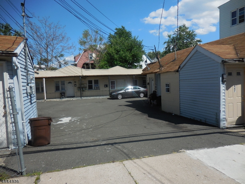 Additional photo for property listing at 441-447 E 30TH Street  Paterson, Nueva Jersey 07504 Estados Unidos