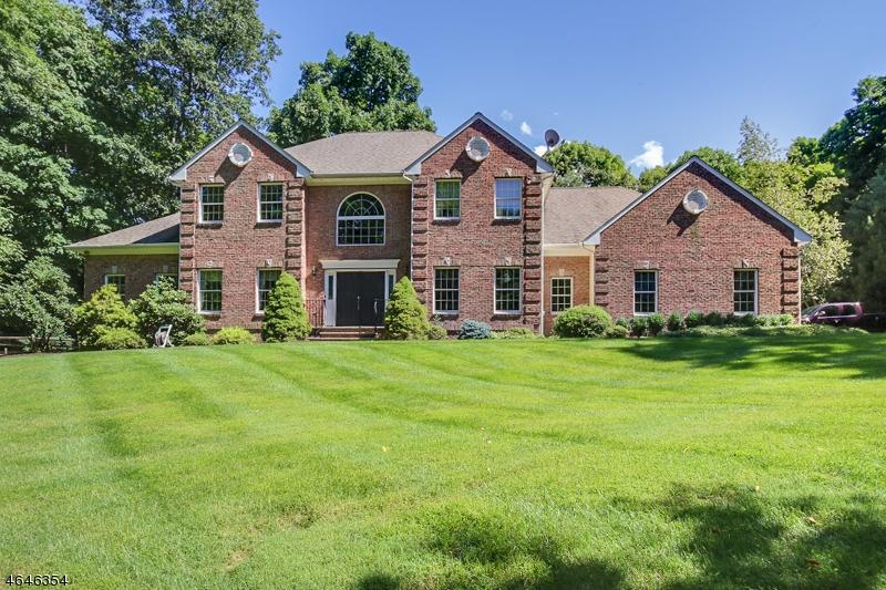 Частный односемейный дом для того Продажа на 184 Andover Mohawk Road Andover, 07821 Соединенные Штаты