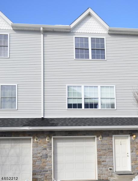 独户住宅 为 销售 在 124 Home Pl, UNIT 14 Lodi, 07644 美国