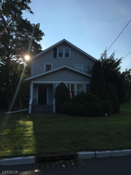 Casa Unifamiliar por un Venta en 16 Cokesbury Road Lebanon, Nueva Jersey 08833 Estados Unidos