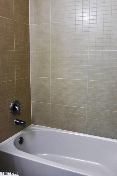 Additional photo for property listing at 3324 Riverview Avenue  恩格尔伍德, 新泽西州 07631 美国