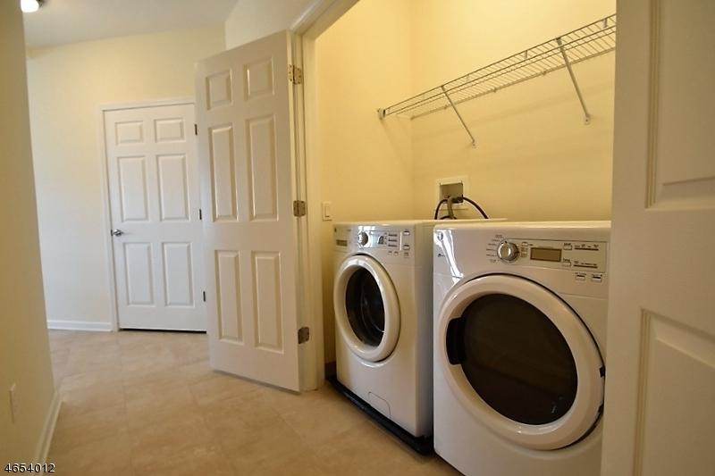 Additional photo for property listing at 3324 Riverview Avenue  Englewood, Нью-Джерси 07631 Соединенные Штаты
