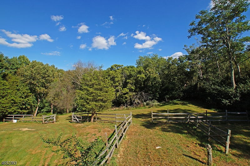 Additional photo for property listing at 20 Phillips Road  Newton, Nueva Jersey 07860 Estados Unidos