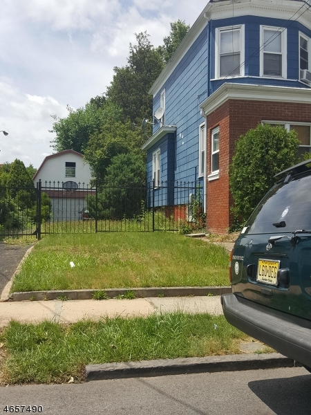 Additional photo for property listing at Address Not Available  Irvington, Nueva Jersey 07111 Estados Unidos